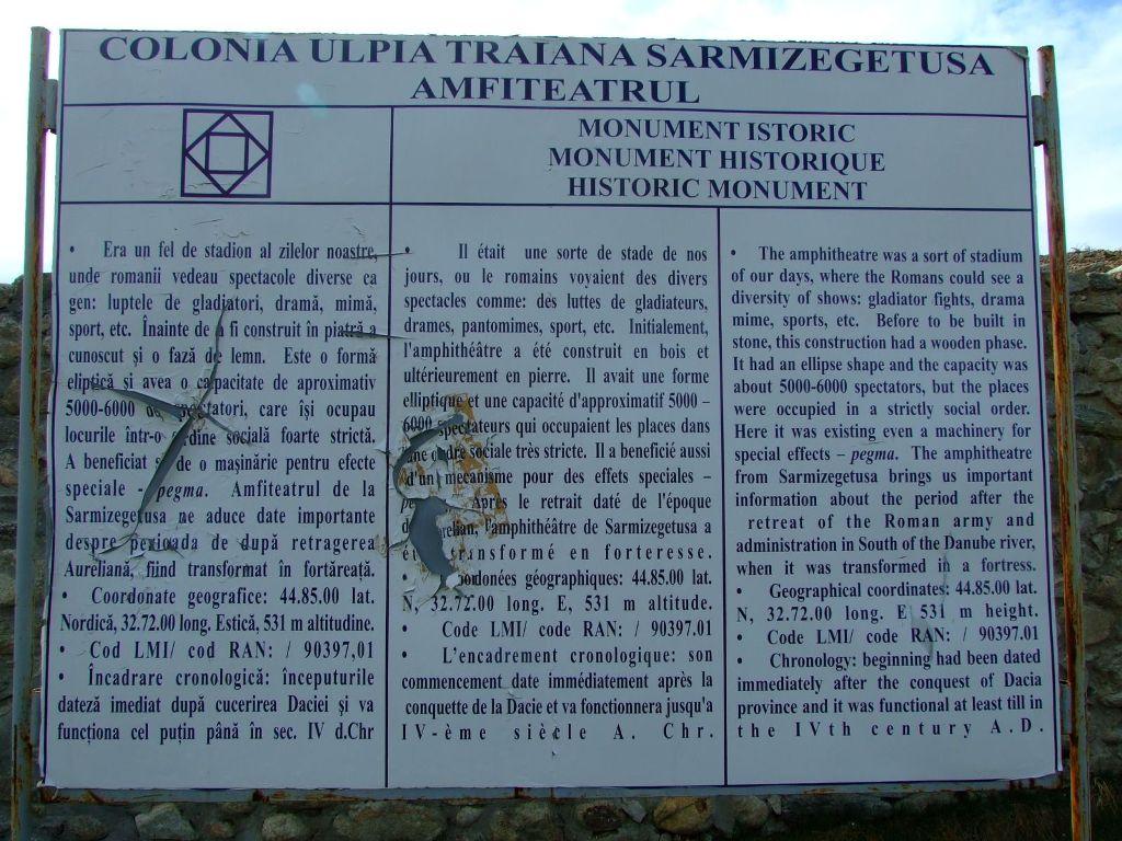 100321-731-SarmizegetusaUlpia.JPG